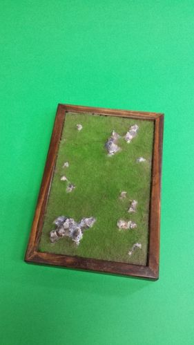 wooden base to place soldiers cm 14x21