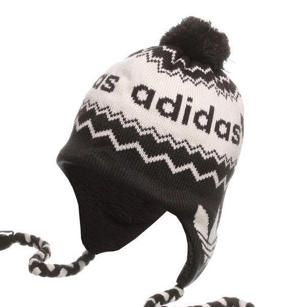 Cappello Adidas con Pon Pon Nero Panna Peruvian - Shopping Sport Scarpe 49f52c495efb