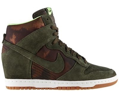 official photos b9157 8d80a 6 Nike Dunk Sky Hi Print Verde Militare