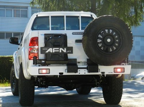 AFN - HEAVY DUTY REAR BUMPER WITH JERRY CAN AND TYRE CARRIER PICK UP