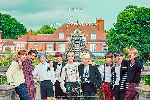Stray kids First Photobook - Stay in London