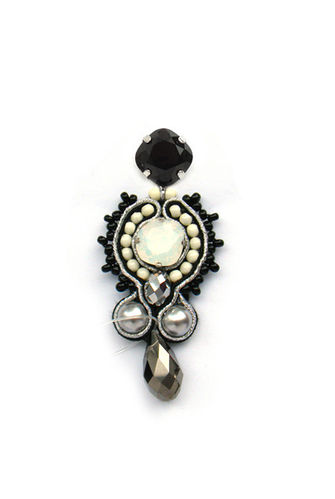 EARRING 1487 BLACK AND WHITE