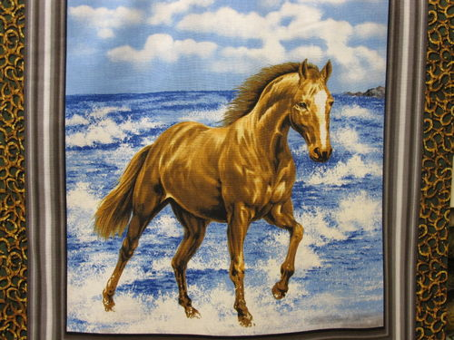 FABRI QUILT IN-RUNNING WHILD HORSE PANEL - C