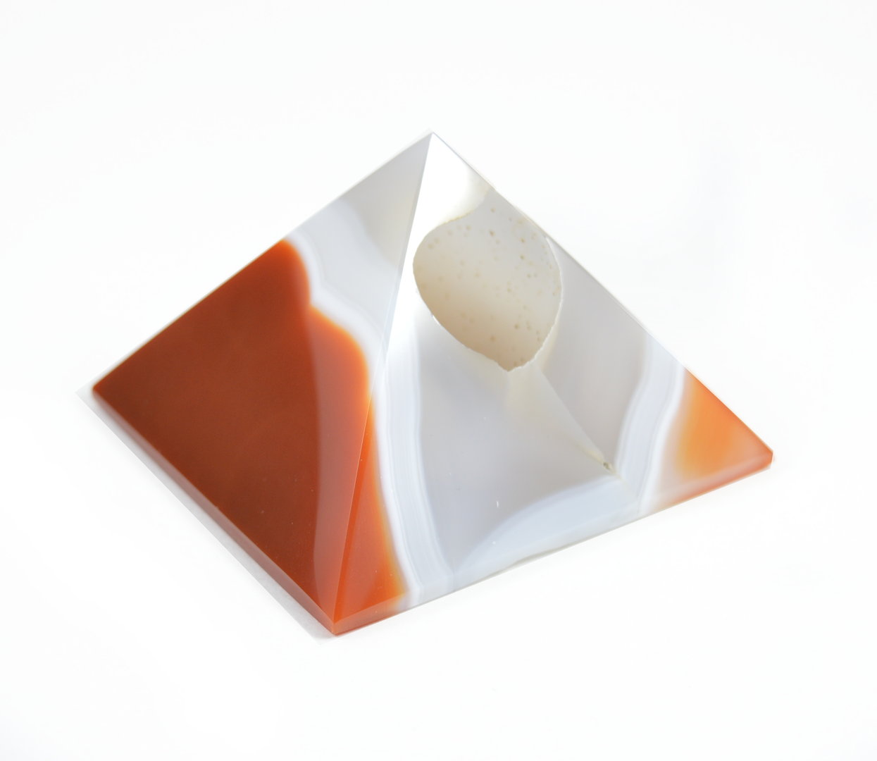 Piramide in Corniola con Geode(base:6,3x6,7cm circa).Soprammobile,Idea Regalo